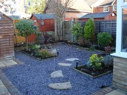 small backyard landscaping, landscaping for small backyards